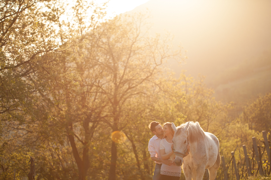 engagement-session-horse